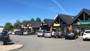 Commerces du centre commercial de Pen-Ergué à Ergué-Gabéric